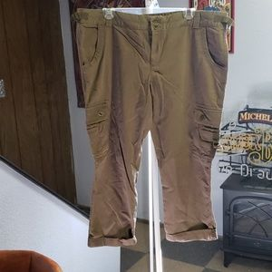 Army green cargo capri pants